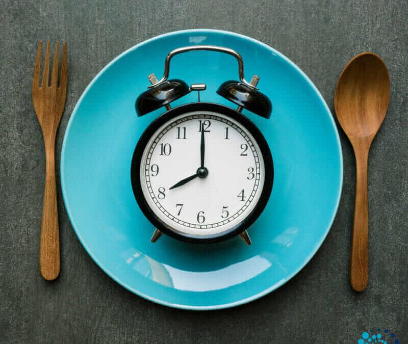 Jejum intermitente eficaz para perder massa gorda e aumentar rendimento físico