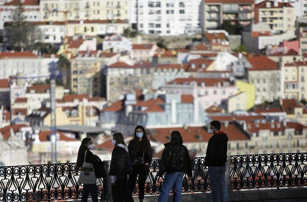 Portugal com 1.023 infeções e sete mortes nas últimas 24 horas