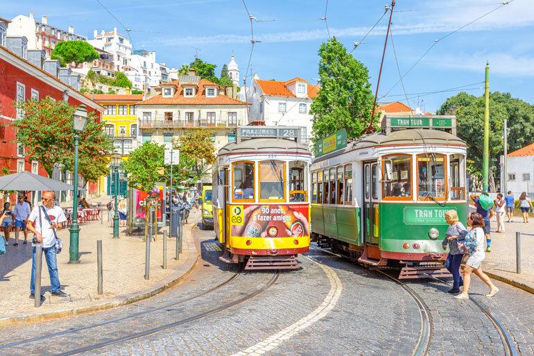 Portugal este domingo com 677 infeções, cinco mortes e nova redução nos internamentos